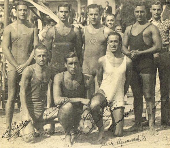 """Equipo del C.N. Athlétic, """"delfín"""" del C.N. Barcelona hasta los primeros años treinta."""